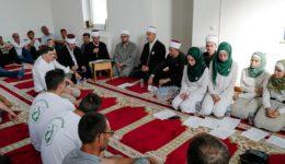 Podlugovi: Džemat i Mreža mladih Podlugovi obilježili godišnjicu Genocida u Srebrenici