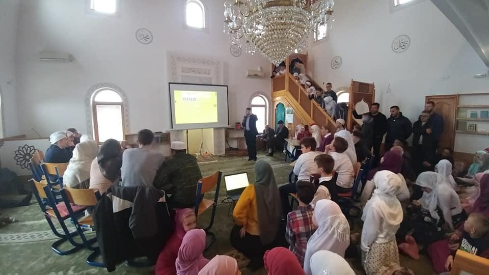 Džemat Donji Hadžići: Mekteblije izvele mevlud i pokazale zavidno znanje u kvizu o Muhammedu a.s.