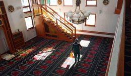 U 36 sarajevskih džamija izvršena dezinfekcija: Halke u Centralnoj džamiji na Ilidži i Tabačkom mesdžidu odgođene do daljnjeg