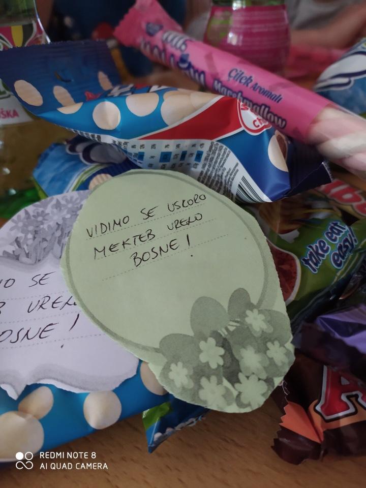 Džemat Vrelo Bosne – Plandište: Mekteblije obradovane paketićima i slatkišima
