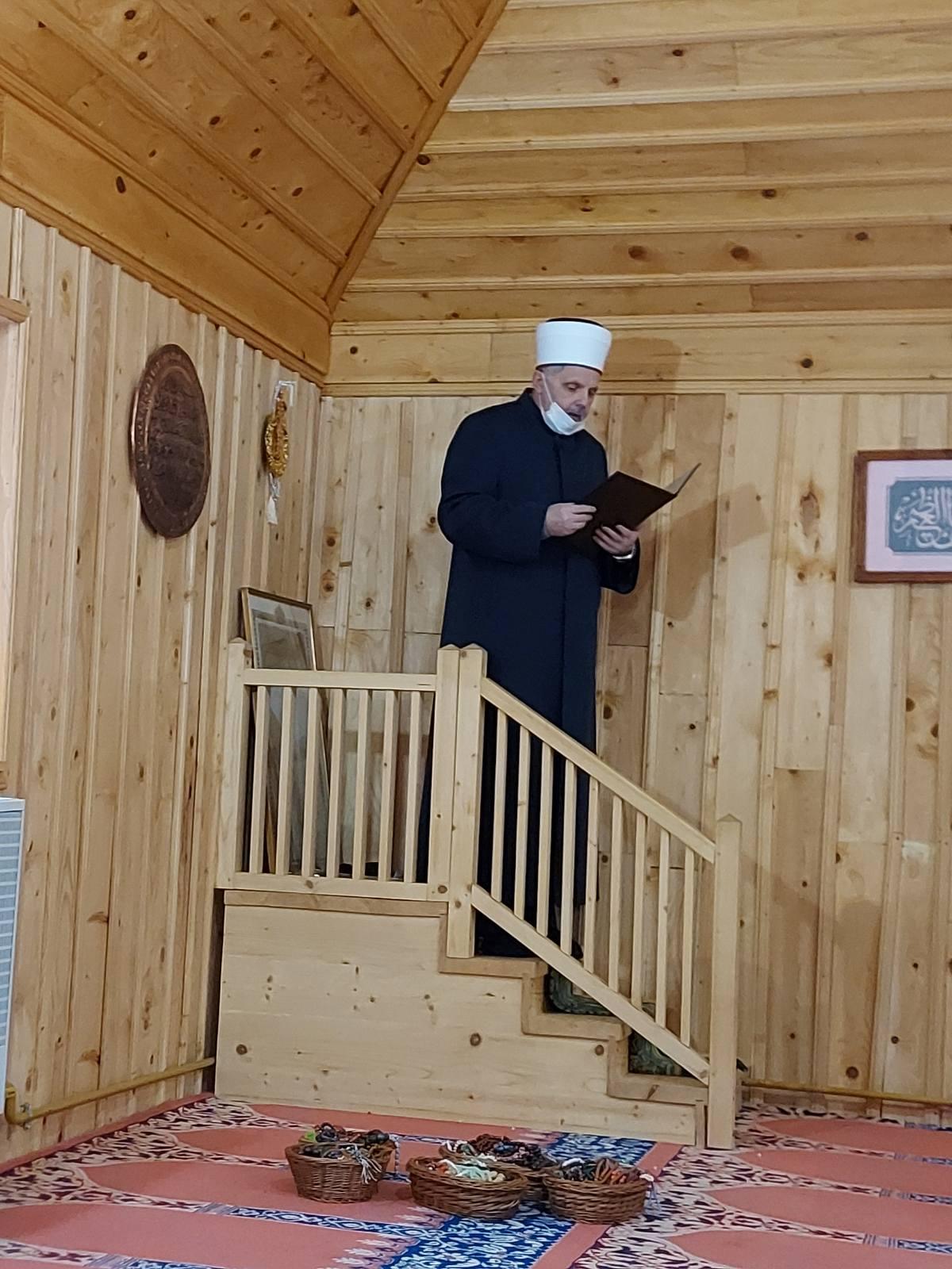 Hutba muftije sarajevskog, prof. dr. Enesa Ljevakovića, iz Ratne džamije na Igmanu