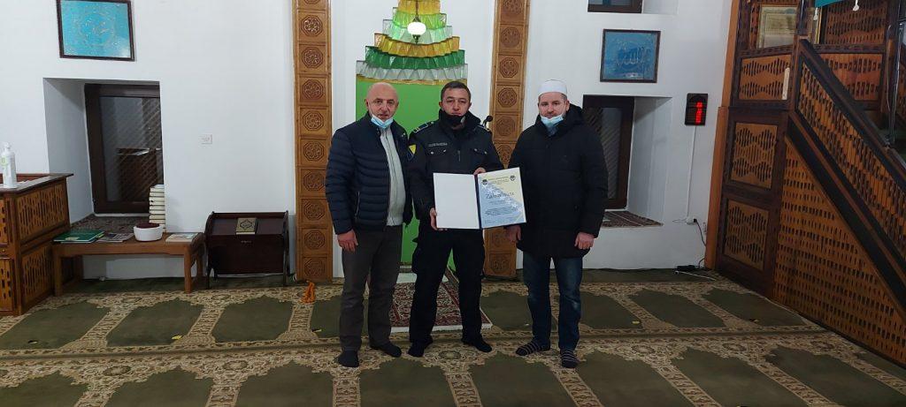 Sindikat Direkcije za koordinaciju policijskih tijela BiH dodijelio zahvalnicu džematu Čekaluša