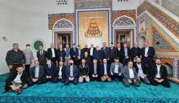 Noć Fetha: Sarajevski imami posjetili Aladža džamiju u Foči