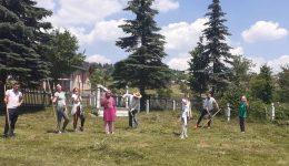 Džemat Crna Rijeka: Aktivisti Mreže mladih organizovali akciju čišćenja harema