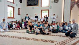 Grbavica II: Slatki čas kao nagrada za učenički trud tokom Ljetne škole Kur'ana